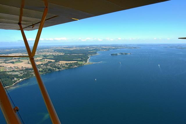 Blick über die Förde Richtung Dänemark mit den Ochseninseln